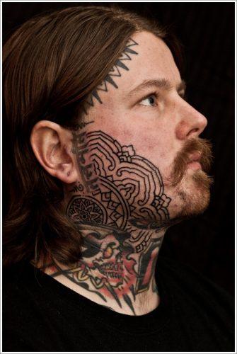 23 tatuajes en la cara