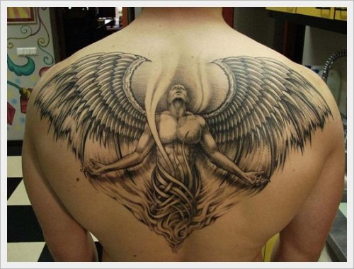 24 tatuajes tribales en la espalda
