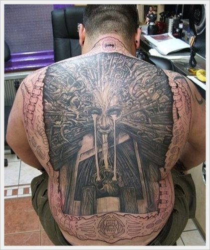 25 tatuajes tribales en la espalda