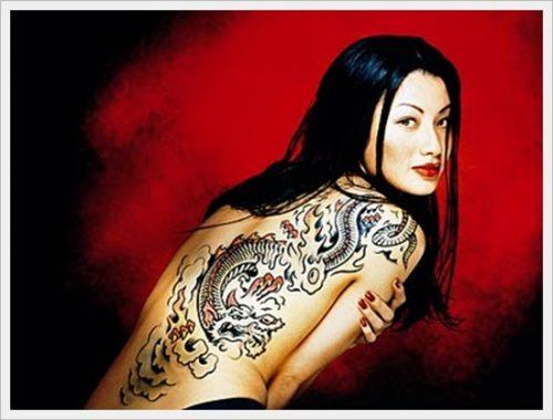 8 tatuajes tribales en la espalda