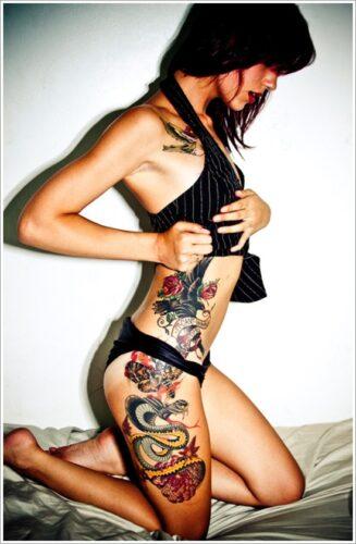 tatuajes en la pierna sexys para mujeres (25)