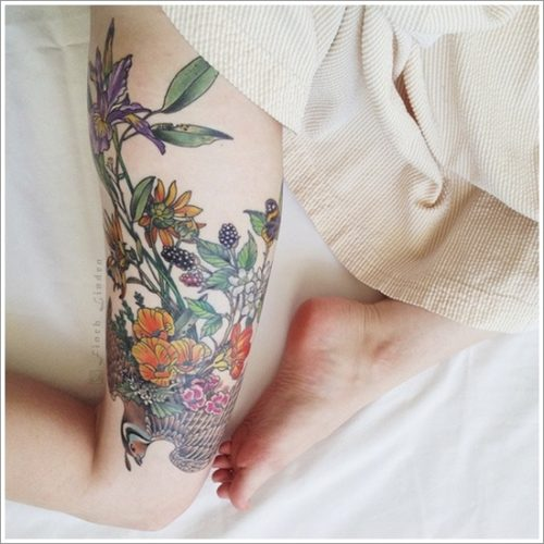 tatuajes en la pierna sexys para mujeres (36)