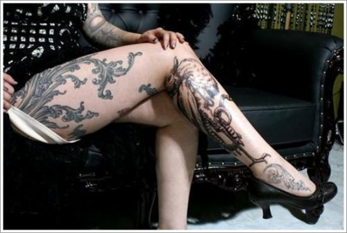 tatuajes en la pierna sexys para mujeres (7)
