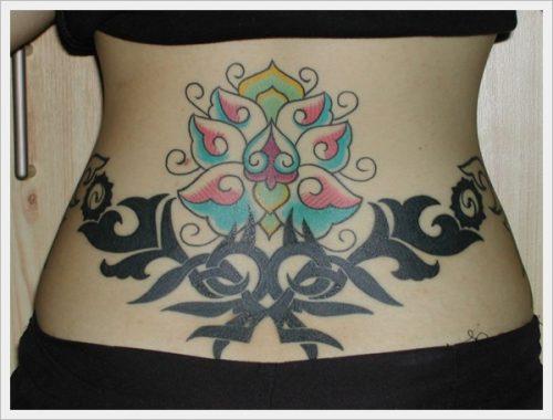 tatuajes para mujeres sexys en la espalda 8