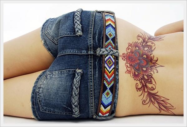 tatuajes sexies para mujeres en la parte baja de la espalda