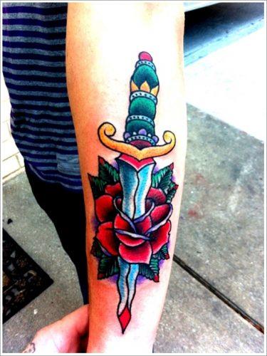 tatuajes cuchillos dagas9