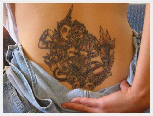 tatuajes para la parte baja de la espalda (17)