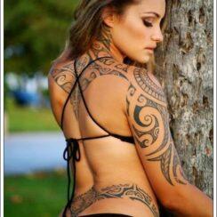 33 tatuajes tribales para mujeres