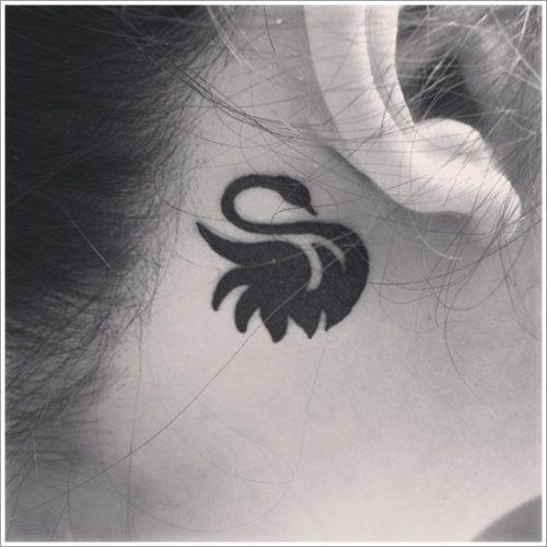 tatuajes de cisnes19