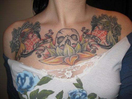 tatuajes en el pecho pectoral para mujeres24