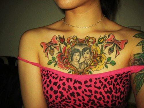 tatuajes en el pecho pectoral para mujeres28