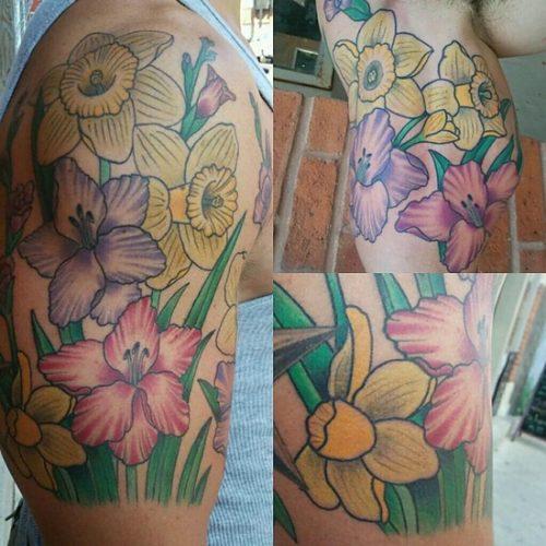 tatuajes de flor narciso29