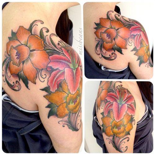 tatuajes de flor narciso7