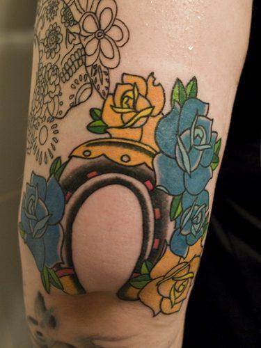 tatuajes en el codo14