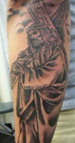 tatuajes de jesus9