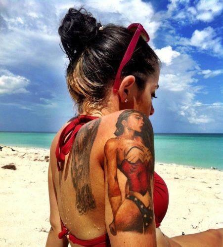 tatuajes sexy mujeres49