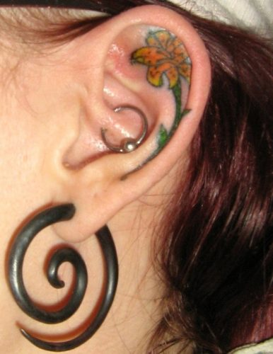 tatuajes de lirios de tigre16
