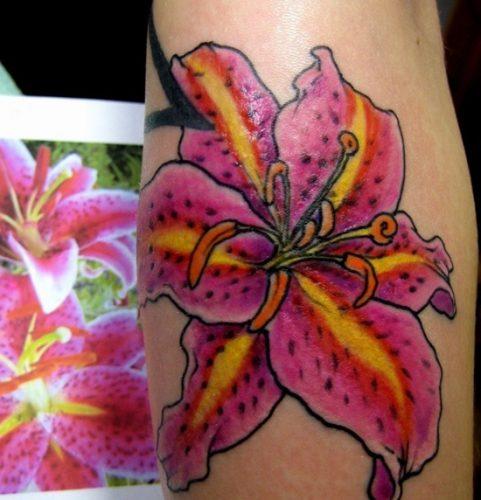 tatuajes de lirios de tigre22