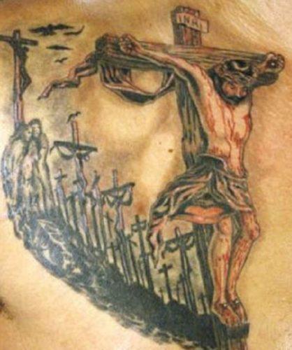 tatuajes de crucifijos13