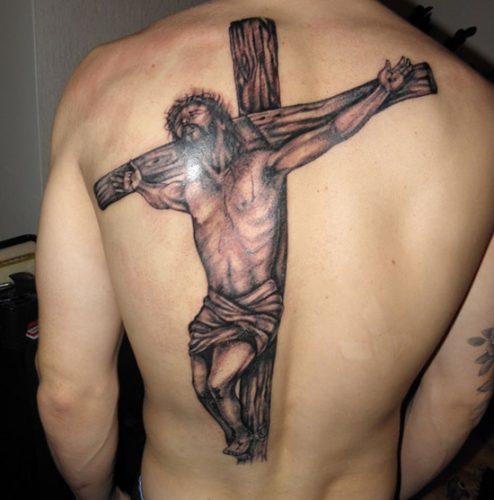 tatuajes de crucifijos18