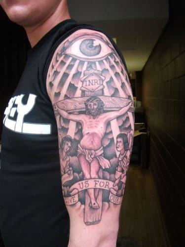 tatuajes de crucifijos22