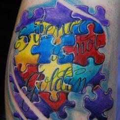 30 diseños de tatuajes de autismo y autismo digital con sus significados