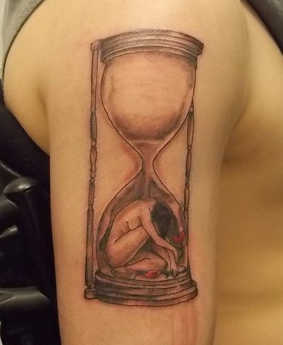 tatuajes de relojes de arena13