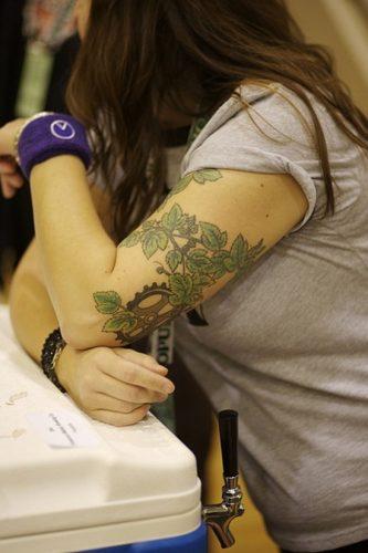 tatuajes de viñedos y de la vid11