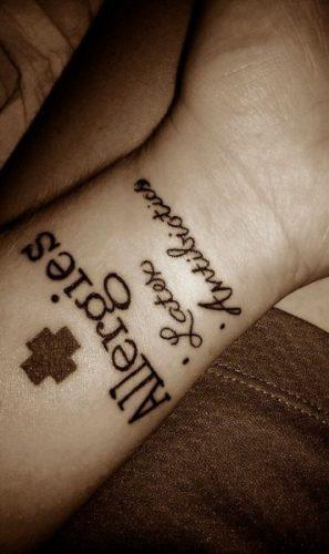 tatuajes de medicina, médicos y enfermedades18