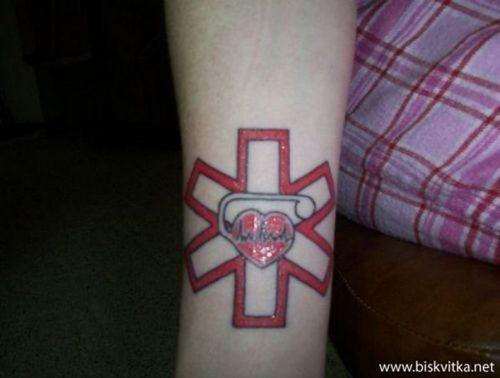 tatuajes de medicina, médicos y enfermedades19