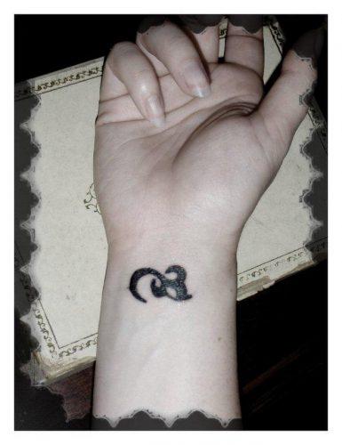 tatuajes-finos-para-mujer63