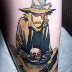 20 impactantes tatuajes de espantapájaros