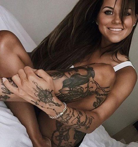 tatuajes-de-mujeres-fitness-inspiracion-sexy37
