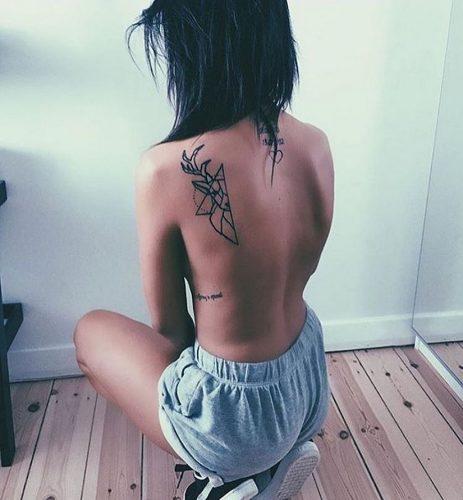 tatuajes-de-mujeres-fitness-inspiracion-sexy43