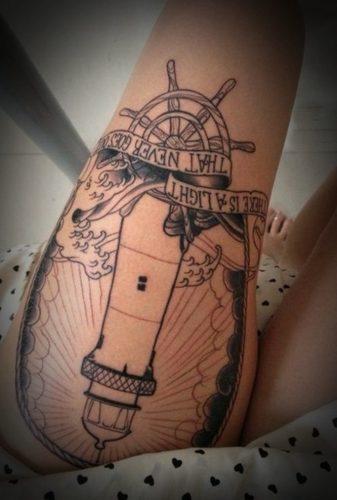 tatuajes-para-mujeres-en-la-pierna-15