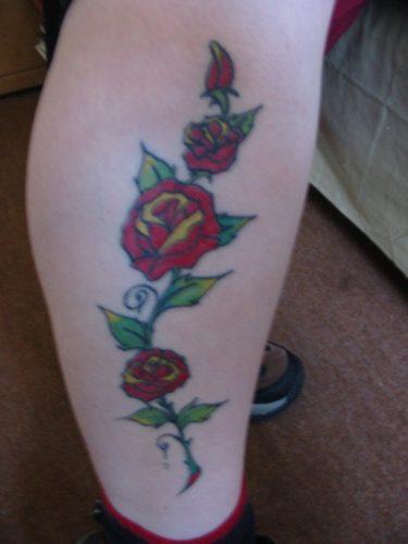 tatuajes-para-mujeres-en-la-pierna-19