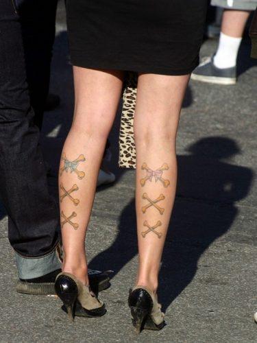 tatuajes-para-mujeres-en-la-pierna-26