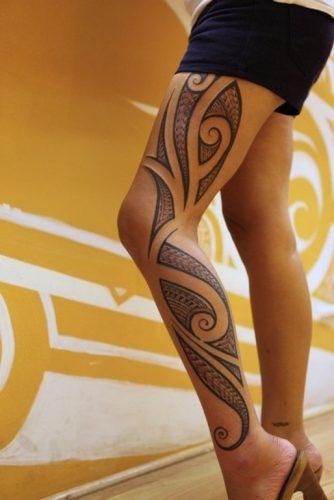 tatuajes-para-mujeres-en-la-pierna-44
