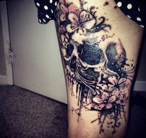 tatuajes-para-mujeres-en-la-pierna-47