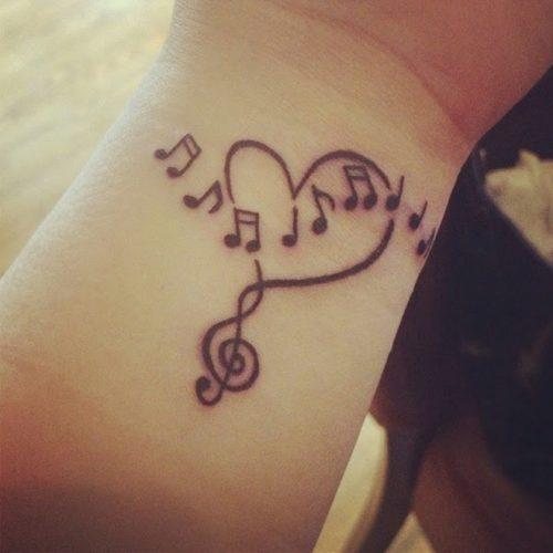 tatuajes-pequenos-de-notas-musicales-42