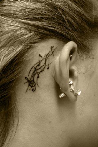 tatuajes-pequenos-de-notas-musicales-46