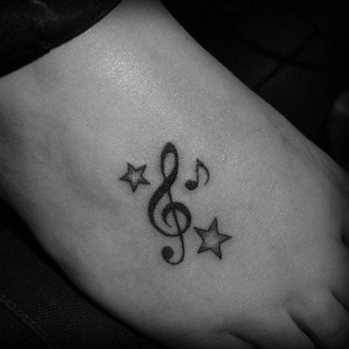 tatuajes-pequenos-de-notas-musicales-86