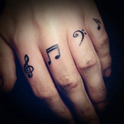 tatuajes-pequenos-de-notas-musicales-99