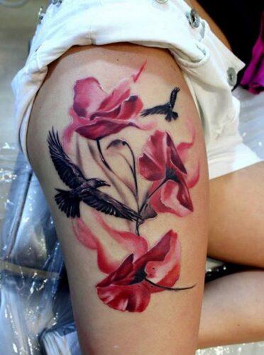 tatuajes-en-el-muslo-para-mujeres-8