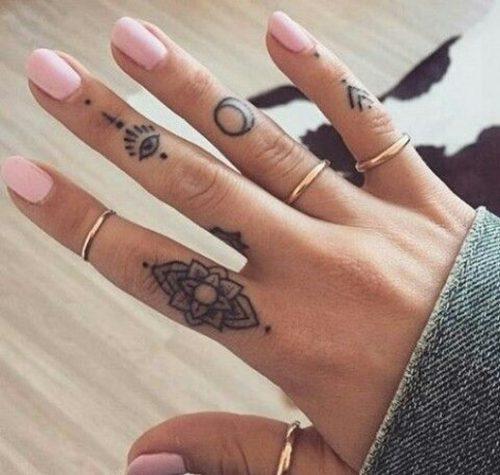 tatuajes-en-los-dedos-20
