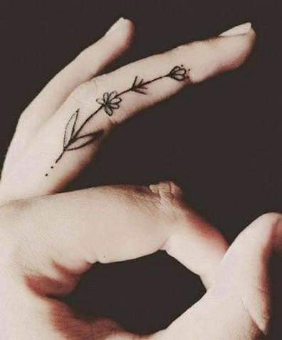 tatuajes-en-los-dedos-21